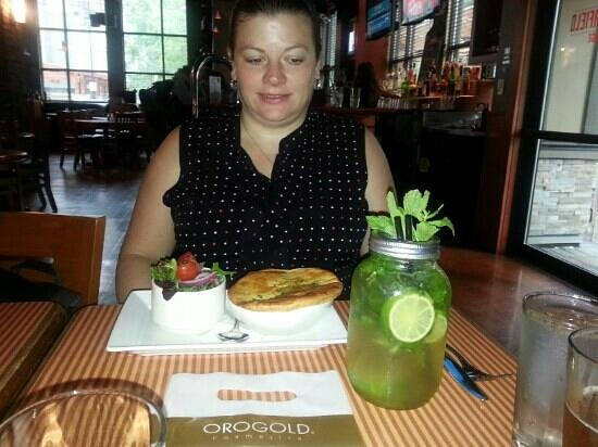 Canada House Restaurant Whistler: what a mojito! with chicken pot pie