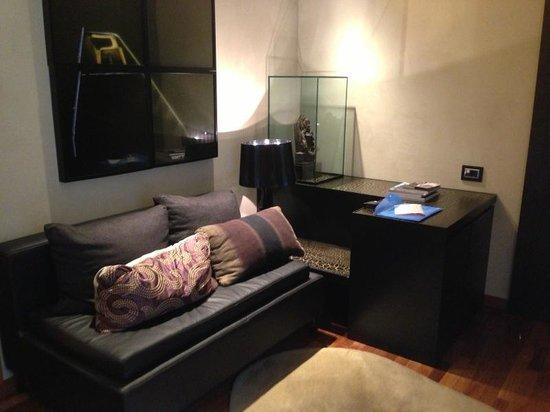 Hotel Claris : Little lounge