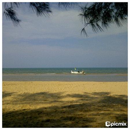 Lombang Beach: beach view