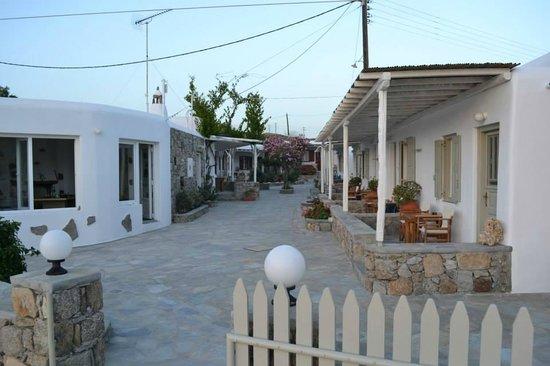 Agia Anna - Paraga Studios: Rooms