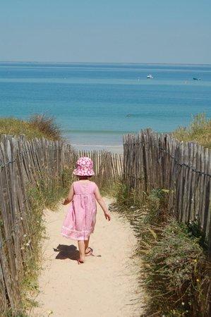 Camping Airotel la Plage: La plage de la Conche Saint Clément des Baleines
