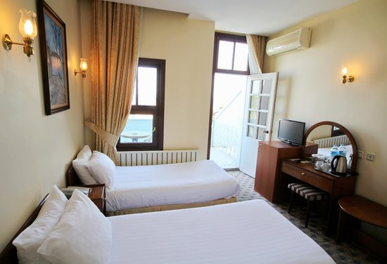 Historia Hotel: Twin Room with Sea View