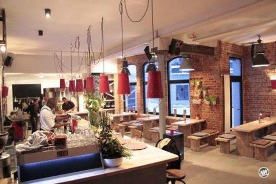 bar 383 grad bielefeld restaurant reviews phone number photos tripadvisor. Black Bedroom Furniture Sets. Home Design Ideas