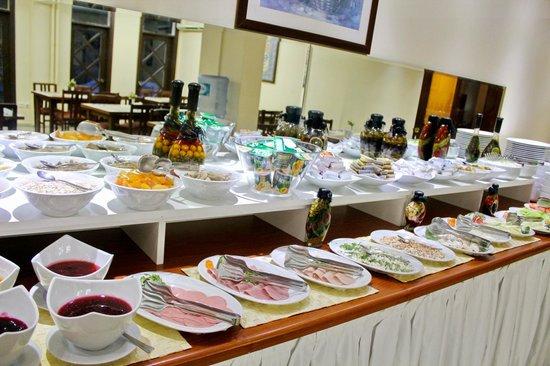 Historia Hotel : Open Buffet Breakfast