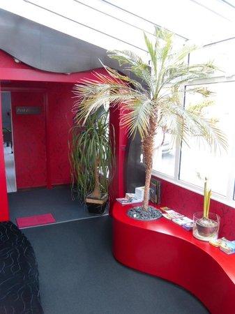 Hôtel Calme des Pins: L'accueil