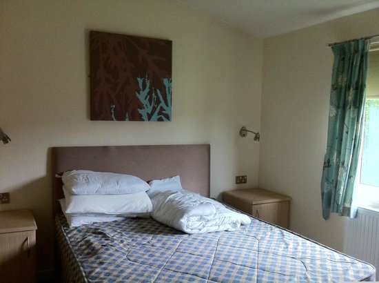 Parkdean Resorts - St Minver Holiday Park: Another bedroom