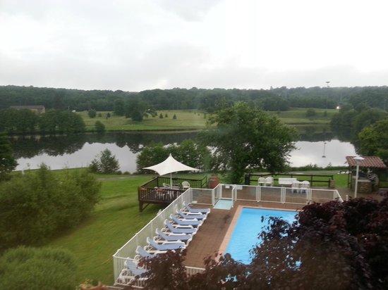 Novotel Limoges le Lac : La vue de la chambre