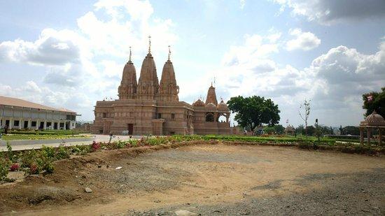 Candi Swaminarayan