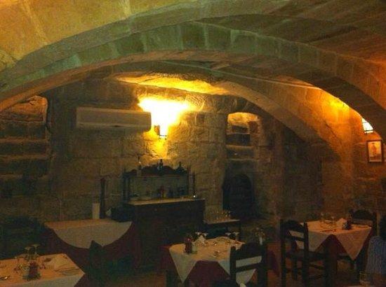 L-Ghonnella Restaurant : The main hall