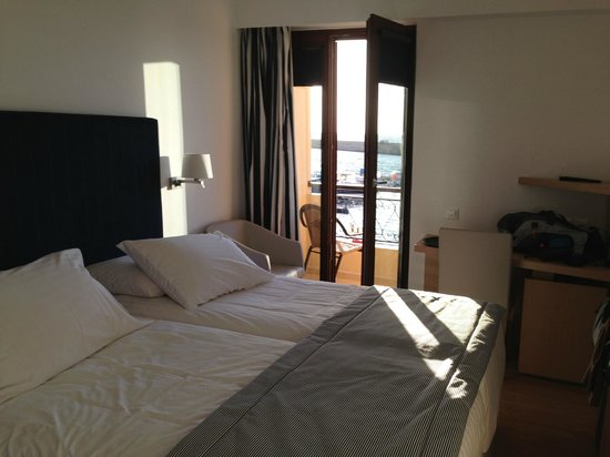 Porto Veneziano Hotel: Doppelzimmer mit Meerblick