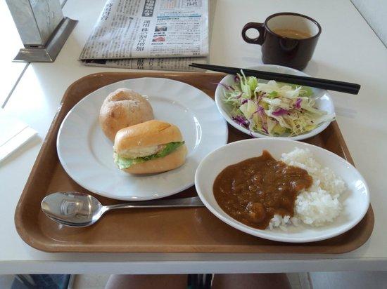 Laxio Inn: サービスの朝食