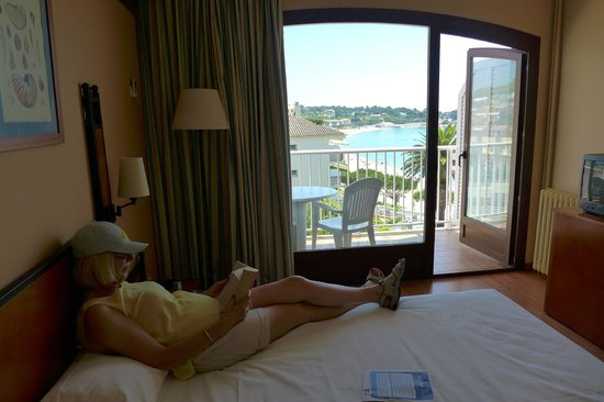 ILUNION Caleta Park : ROOM WITH A VIEW