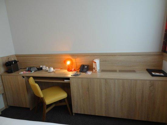 Simm's Hotel: Room