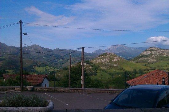 Hotel Rural El Rexacu: View from Car Park