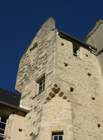 Le Manoir Sainte Victoire: La tour