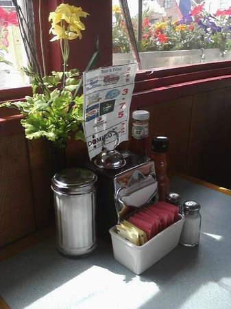 Three Dogs Diner: Flowers in the windowbox