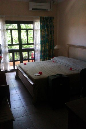 Gregoire's Apartments: pokój