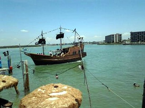 Treasure Bay Resort & Marina: Pirate Dolphin Cruise Available at St. John's Pass