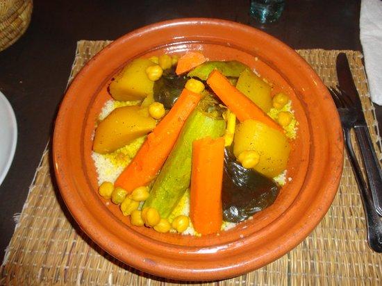 RESTAURANT DOUYRIA: couscous
