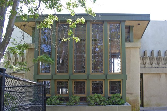 Hollyhock house full view picture of hollyhock house for Hollyhock house