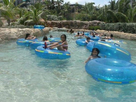 Comfort Suites Paradise Island: The lazy river at Atlantis