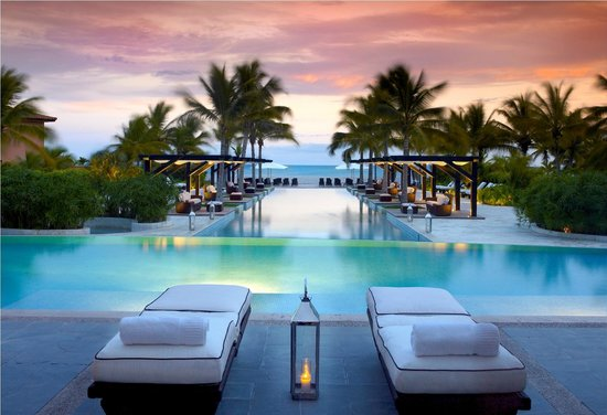 JW Marriott Panama Golf & Beach Resort: JW Marriott Panama Infinity Pool