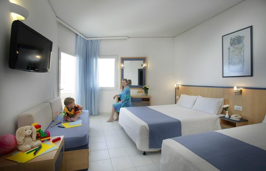 Louis Creta Princess Beach Hotel: Bungalow Family Room