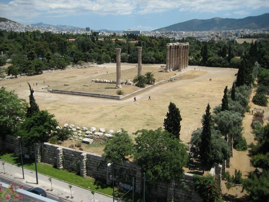 The Athens Gate Hotel: the view of temple of zeus from the roof top too