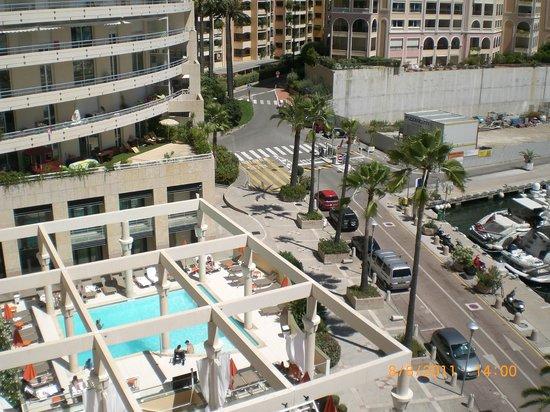 Riviera Marriott Hotel La Porte de Monaco: vue de la chambre