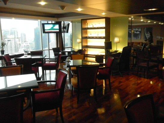 Pullman Bangkok Hotel G: 27階のエグゼクティブラウンジ