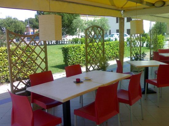 Euro Hotel: Risto-Garden