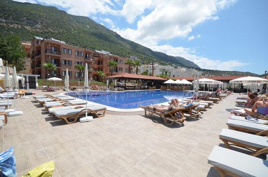 Samira Resort: poolside