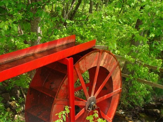 Lost River Valley Campground: 1895 Water wheel