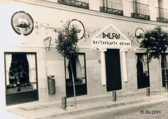Cuesta De Santo Domingo 14 28013 Madrid Picture Of Delfos Madrid