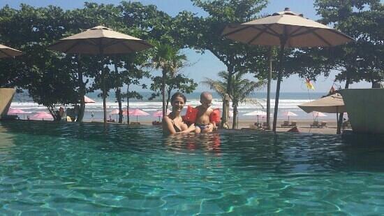Anantara Seminyak Bali Resort: Doki and mammy