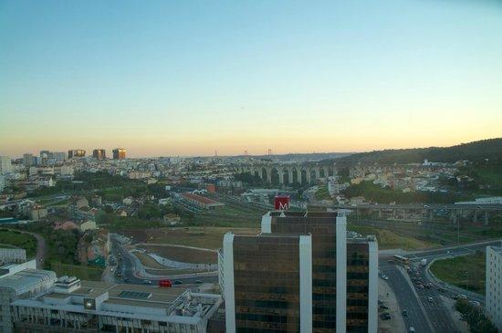 Corinthia Hotel Lisbon: Corinthia Lisboa, floor 23: executive room view 2