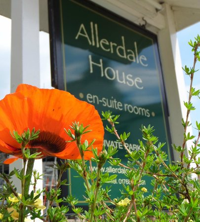 Allerdale House Keswick: Welcome to Allerdale House with Private Parking and Free WiFi throughout the house