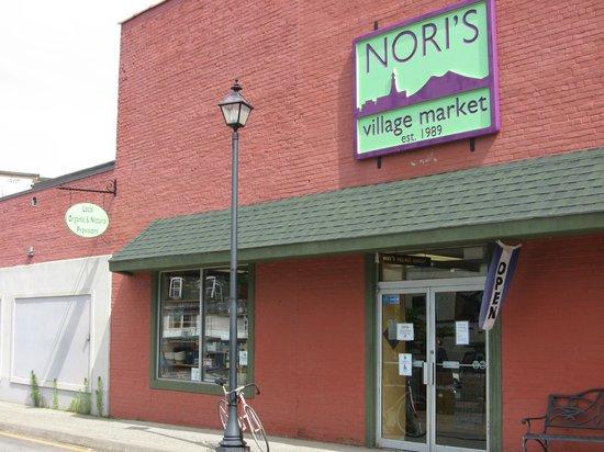 Nori's Village Market: Springtime Nori's