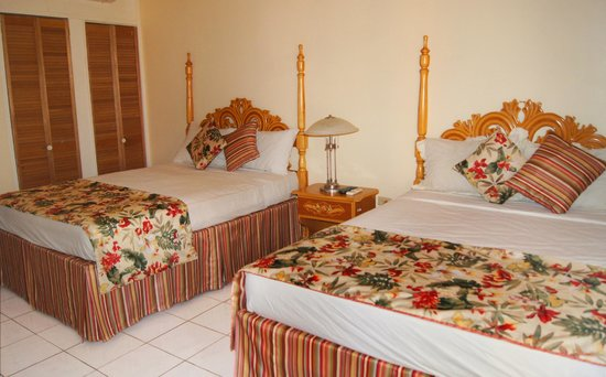 Jamaica Tamboo Resort