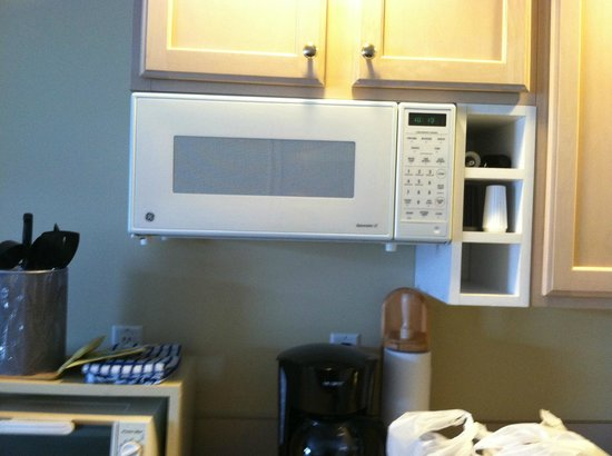 InnSeason Resorts Surfside: Part of Kitchenette