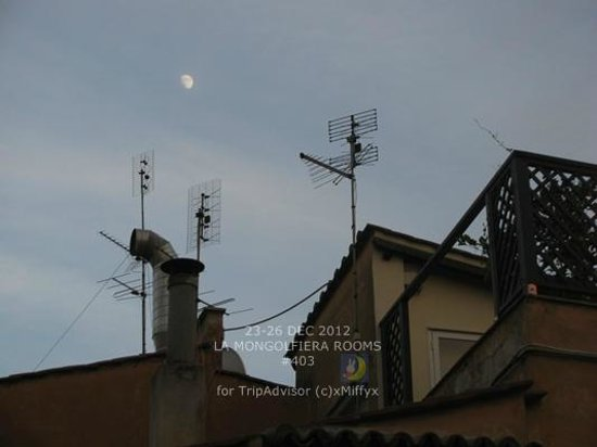 La Mongolfiera Rooms: View from our room, looks really nice with the moon.