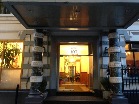 Hotel Deauville: Frente del hotel