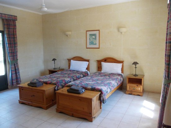"Village Ta' Sbejha : Our bedroom - ""Marie"" first floor"
