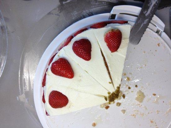 AKZENT Hotel Landhaus Schellhorn : Best cake!