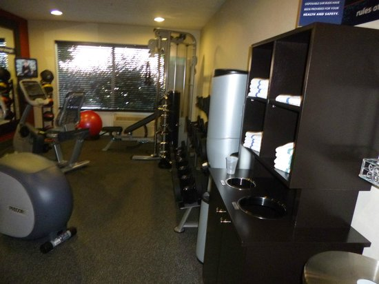 Hampton Inn Richfield: Fitness Room