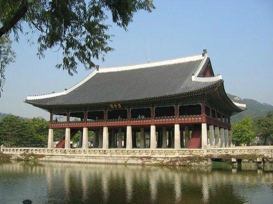 Gyeongbokgung (68235395)