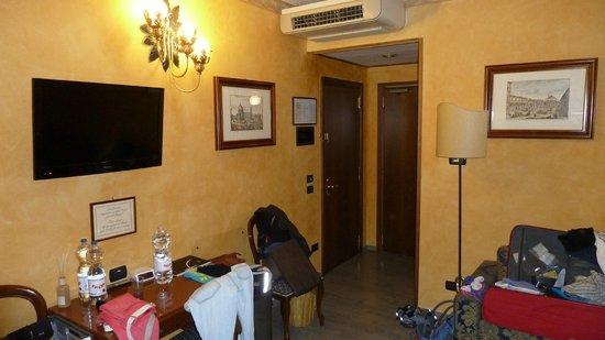 Hotel River: Zimmer