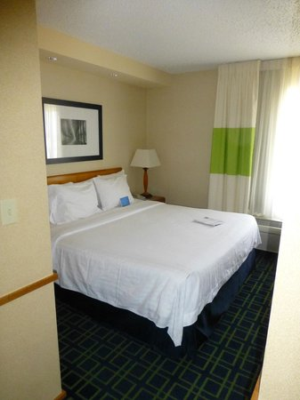 Fairfield Inn & Suites Roswell: Bed
