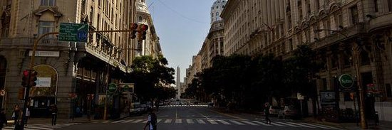 BuenosTours: Diagonal Norte avenue in the heart of Buenos Aires