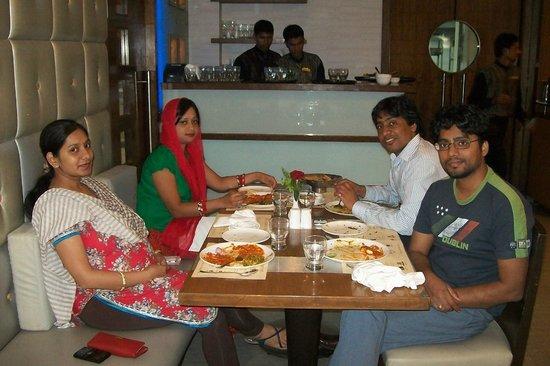 Vihang's Inn: hotel 2